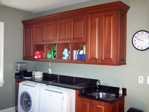 Laundry Room Cabintry and Mud Room Organization
